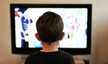 Streamovacie služby vUSA dobiehajú káblovú TV. Kraľuje Netflix. VČíne vedú lokálne služby.