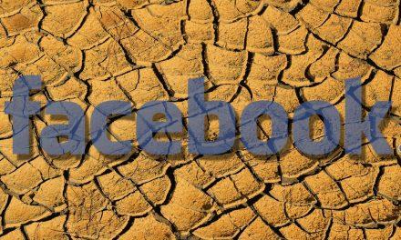 Ako Mark Zuckerberg v roku 2018 neúspešne opravoval Facebook